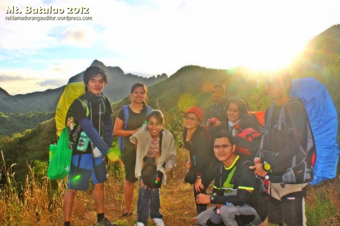 Meeting new friends at Baulao :)  --click on image for a full view :)