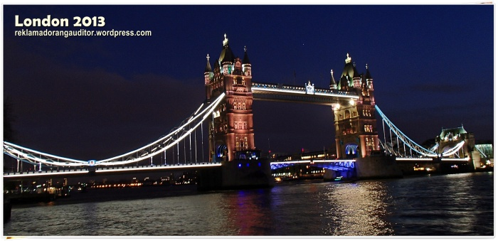 Thhe Tower Bridge at Night