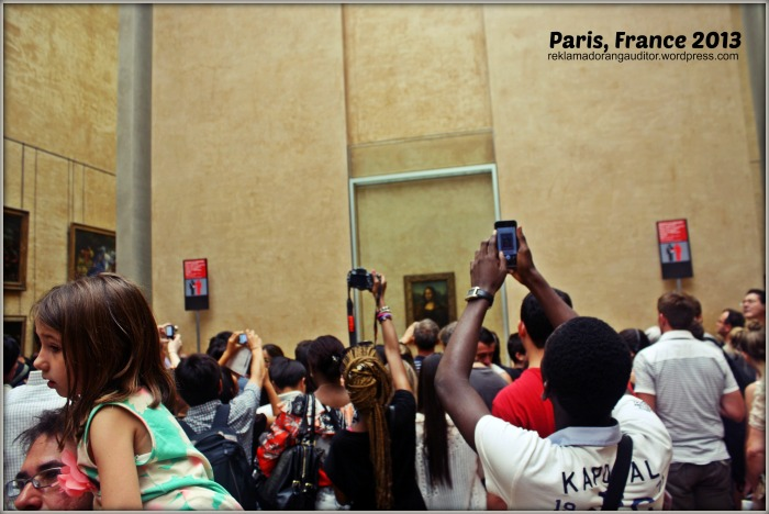 Paris France - Capturing the Monalisa Smile :)